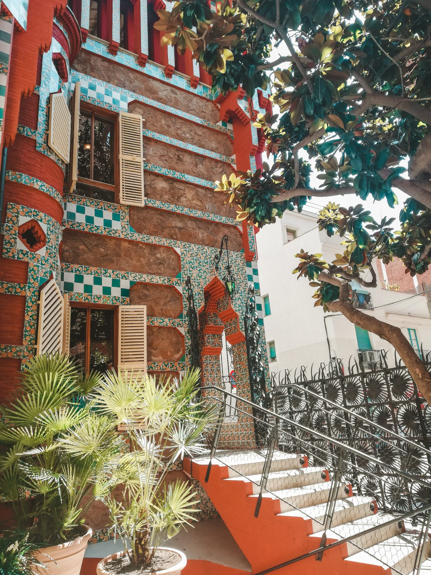 Casa Vicens outside